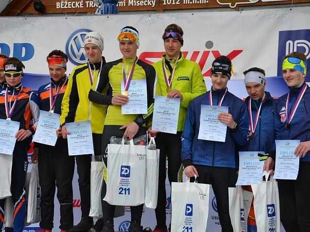 Lyžaři klasici Fischer Ski klubu Šumava Vimperk přivezli zMČR dorostu další čtyři tituly.