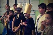 Vánoční příběh o narození Ježíše si připravily děti z prachatické montessori školy v Národní ulici.