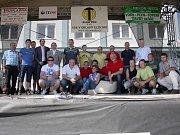 Společné foto všech účastníků mezinárodního klání a zástupců měst a obcí.