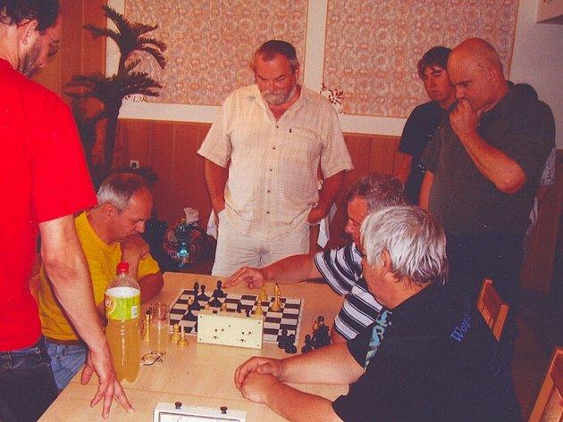 Šachisté soutěžili ve Čkyni.