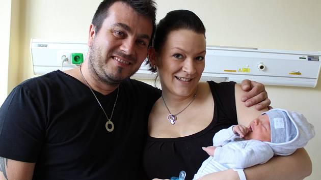V pondělí 22. května ve 23 hodin a 9 minut se v prachatické porodnici narodil Michal Engel. Sestřičky mu navážily 3290 gramů. Rodiče Veronika a Michal žijí v Prachaticích. Na malého brášku se těší sourozenci, tříletý  Adam a dvanáctiletá Tereza.