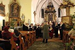 Zbytinští si zazpívali s Radostným přátelstvím.