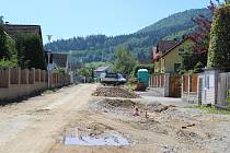 Na základě změny územního plánu se mění tvář ulice Duhová v Prachaticích.