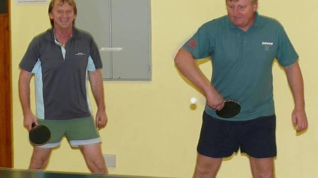 Pokračovaly soutěže stolních tenistů v okrese.