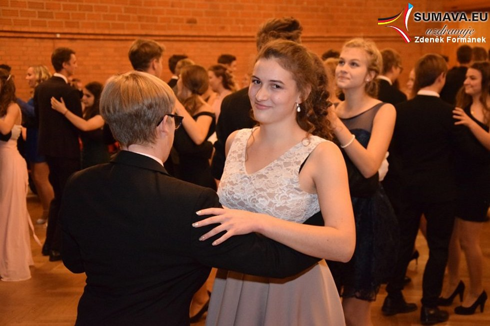Prodloužená lekce tanečních kurzů ve Vimperku.