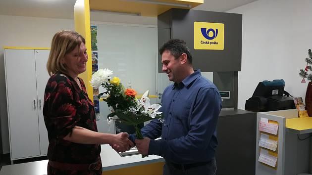 Poštu Partner otevřeli slavnostně v Lažištích.