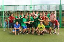 Lažišťští fotbalisté si užívali další kolo oslav postupu do krajského přeboru.