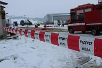 Státní veterinární správa Jihočeského kraje a hasiči zlikvidovali ve středu 1. února 2017 17tisícový chov kachen ve Vlachově Březí na Prachaticku.