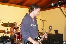 Vůbec poprvé v nové sestavě se představila kapela Hera Rock. Zájemci tak mohli vidět působivou hru bubeníka Ladislava Skočného a v neposlední řadě také výjimečný výkon kytaristů Jaroslava Vojtíška, Aleše Moronga a baskytaristy Jaroslava Brejchy.