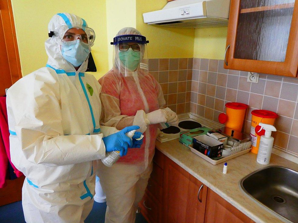 Testování zaměstnanců začalo v Domově seniorů Mistra Křišťana v Prachaticích. Foto poskytla: Hana Vojtová