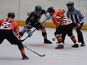 Prachatičtí Highlanders ve čtvrtém semifinále II. Národní ligy doma podlehli Písku 0:3.