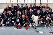 Hokejbalisté HBC Prachatice vyrazili k přípravě do Plzně.