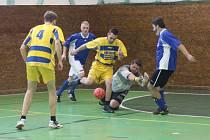 Prachatická sportovní hala patřila v neděli turnaji ve futsale – sálovém fotbale.