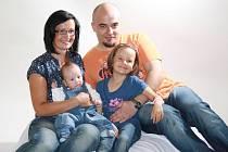 Miminko měsíce bylo na návštěvě u fotografky s celou rodinou.