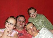 Pořád jsem to já. Darina s manželem Jirkou a dcerou Štěpánkou a synem Jiříkem.