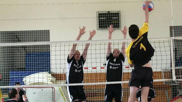 Netoličtí volejbalisté přivezli bod z Boleslavi a skočili na pátém místě II. ligy.