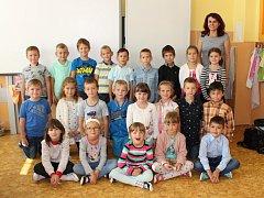 Do 1. B v Základní škole Zlatá stezka 240 v Prachaticích chodí celkem dvacet tři dětí.