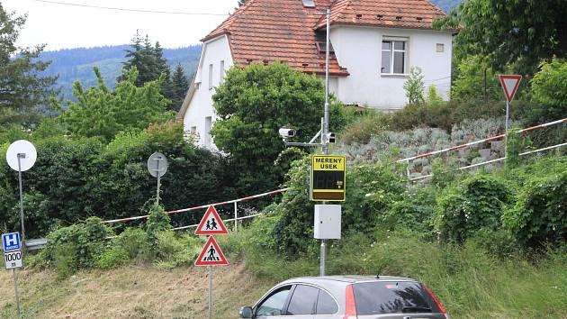 Nový radar před školou ve Vodňanské ulici v Prachaticích.