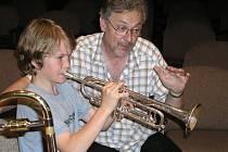 Letní kurzy žesťů nabídnou koncerty známých muzikantů.