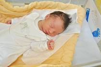 MILOSLAV CHUM, VIMPERK. Narodil se v pondělí 3. června v 9 hodin a 32 minutve strakonické porodnici. Vážil 3930 gramů. Rodiče: Jana a Miloslav. Foto: Ivana Řandová