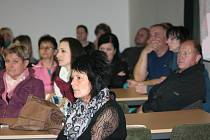 Být u volby nového vedení města Volary si Volarští nenechali ujít.