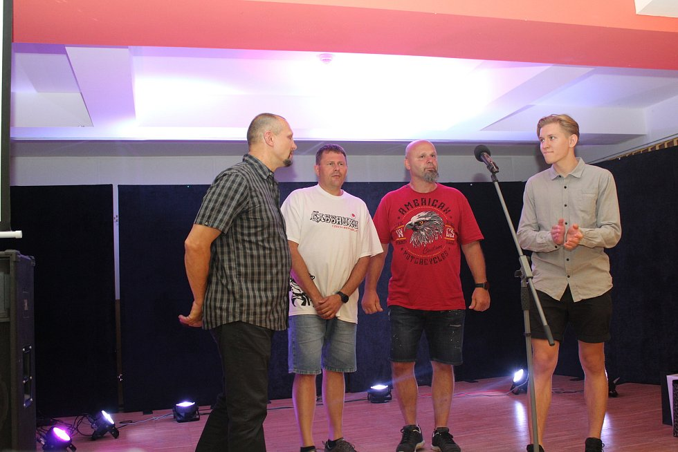 Karatisté v rámci Gasshuku Czech podpořili tornádem postižené Mikulčice.