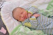 Tříletý Vojtíšek má od čtvrtka 8. února bráchu. Klučina dostal jméno Vít Hubáček a narodil se ve strakonické porodnici v 9 hodin a 18 minut ráno. Vážil 3480 gramů. Rodina žije v osadě Pravětín u Vimperka.