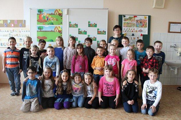 První třída vZŠ Lhenice