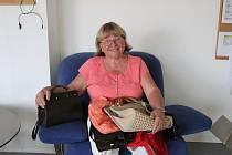 Marie Šejnová z Jámy přinesla deset kabelek do Kabelkového veletrhu Deníku.