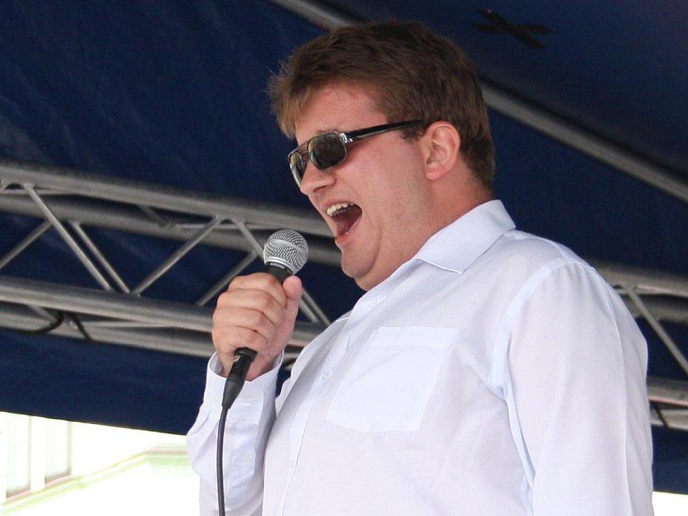 Druhým, tak říkajíc přespolním, soutěžícím ve Vimperku byl Radek Žalud z Českých Budějovic.