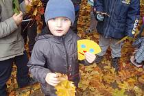 Děti oslavily podzim.