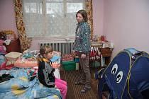 Přesně po padesáti dnech se mohli Šafářovi i s šestiletou dcerou znovu vrátit do svého bytu.