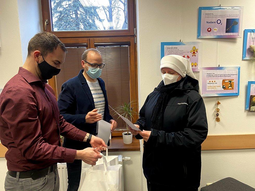 Vzorky nepečeného cukroví do soutěže poslali klienti Domova Matky Vojtěchy. Získali dvě ocenění.
