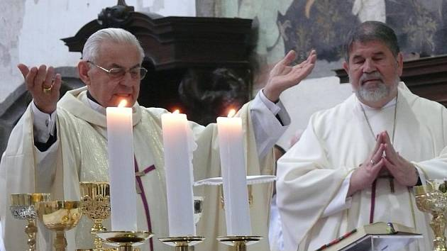 Červen 2010 - Sobotní mše svatá v kostele sv. Jakuba v Prachaticích věnovaná svatému Janu Nepomuku Neumannovi.