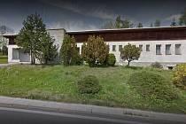 Budova zdravotního střediska v Lenoře.