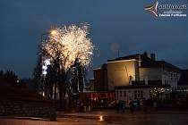 Rozsvícení stromečku u ZŠ TGM ve Vimperku.