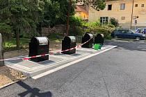 Nové podzemní kontejnery ve Vimperku.