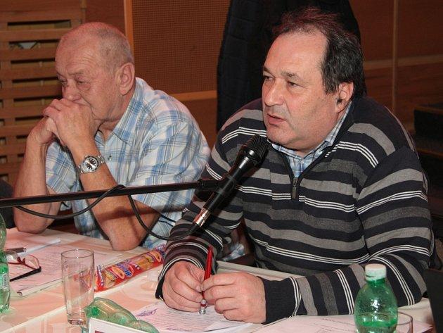 Čekali jsme něco jiného. Tak zněla nejčastější reakce opozičních zastupitelů, včetně Petra Bednarčíka (vpravo), na výstupy z nezávislých auditů Městský lesů Vimperk.