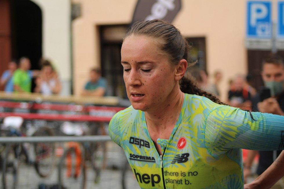 Běžci odstartují jednotlivé závody v centrech jednotlivých měst.