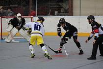 Semifinálovou sérii mezi HBC Prachatice a HBC Hostivař rozhodne až poslední páté utkání.