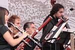 Ojedinělý zážitek vnesla do letošních slavností komorní filharmonie italského partnerského města.