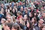 I v sobotu si fanouši dobré muziky na velkém náměstí přišli na své.