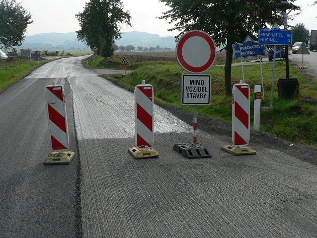 Uzavírky i letos potrápí řidiče