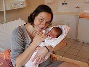 K Mikuláši dostali rodiče Klára Singerová a Aleš Vondrka dárek v podobě dcery. Tamara Vondrková se narodila v 5. 12. 2017 16:52 hodin v písecké porodnici. Vážila 3600 gramů a měřila 52 centimetry. Na sestřičku se doma ve Vimperku těšila starší Esterka.