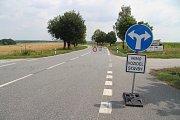 Před Němčicemi řidiče zastaví Zákaz vjezdu.