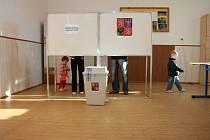 Základní škola TGM v ulici 1. máje ve Vimperku byla při volbách místem, kam mířila část vimperských voličů