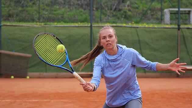 Kamila Neradová si dál drží výbornou formu.