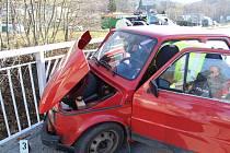 Nehoda dvou osobních aut v Nebahovské ulici v Prachaticích.
