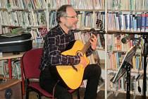 Zdeněk Palkoska vystoupil v prachatické knihovně a v ZŠ v Národní ulici.
