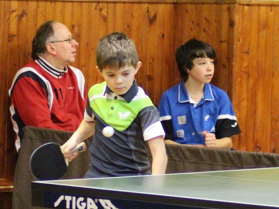 Vánoční turnaj stolních tenistů 2016.